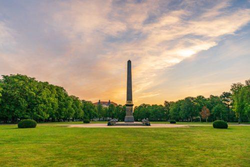 Obelisk auf dem Löwenwall in Braunschweig